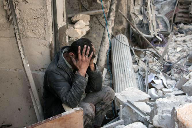 WHO estimates that 1 in 30 Syrians is suffering from severe mental health conditions such as severe depression, psychosis, or a disabling form of anxiety and that at least 1 in 5 Syrians is suffering from mild to moderate mental health conditions such as mild to moderate depression or anxiety disorders.