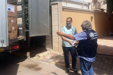 WHO delivers urgent medical supplies to the International Rescue Committee 10 December 2017 – The World Health Organization (WHO) country office in Libya delivered on 8 August 2017 to the International Rescue Committee (IRC) 4 basic units of International Emergency Health kits (IEHK) and one supplementary IEHK which are standardized kits of essential medicines, supplies and equipment. These kits will meet the basic health needs of 14 000 people for approximately 3 months. In addition, one trauma kit was also be provided to the IRC which can treat more than 1000 moderate and serious injuries. Read more
