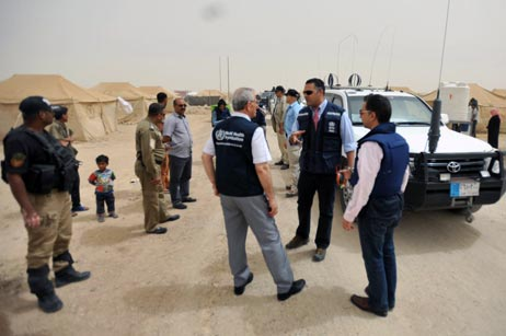WHO Regional Director's field visit to camps for internally displaced people (IDPs) in Amiriyat Al-Fallujah, which house more than 42 000 IPDs.