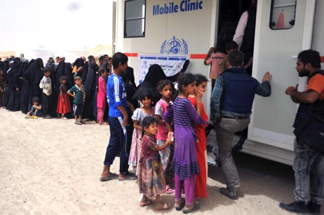 WHO has deployed 8 mobile clinics to the Anbar governorate, 3 of these serve IDPs in Amiriyat Al-Fallujah. Every day, more than 500 people are examined.