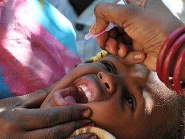 Polio vaccination in Sudan