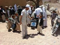 Despite a serious risk of being attacked volunteers in Saada distributed 50 000 chlorine tablets for 300 families1