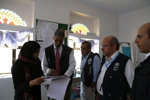 Staff in the WHO office in Yemen discuss health challenges in Yemen