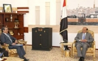 The President of Yemen, His Excellency Mr Abd Rabbo Mansour Hadi, received on Tuesday 23 April 2013 Dr Ghulam R. Popal, the WHO Representative for Yemen